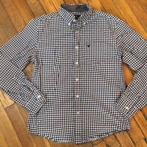 AMERICAN EAGLE Blue checked shirt. Size S/P.